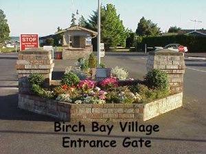 BirchBayVillageGate400